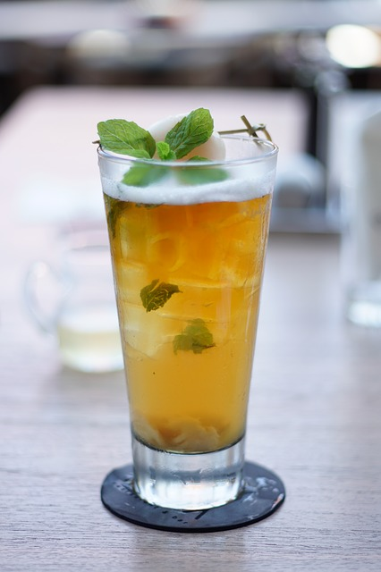 alcoholic drink made with tea